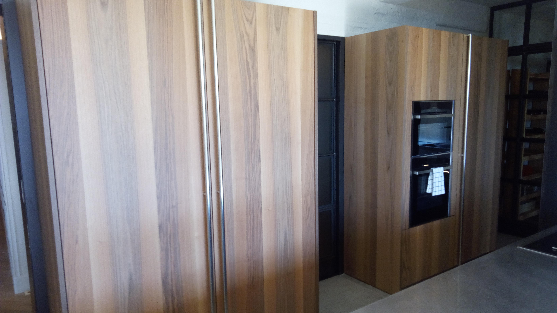 cocina inox y madera